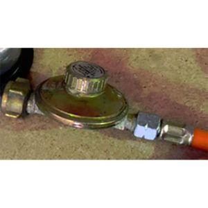 Kit-regulador-de-presión-para-red-+-alcachofa-y-manguera-ecobioebro