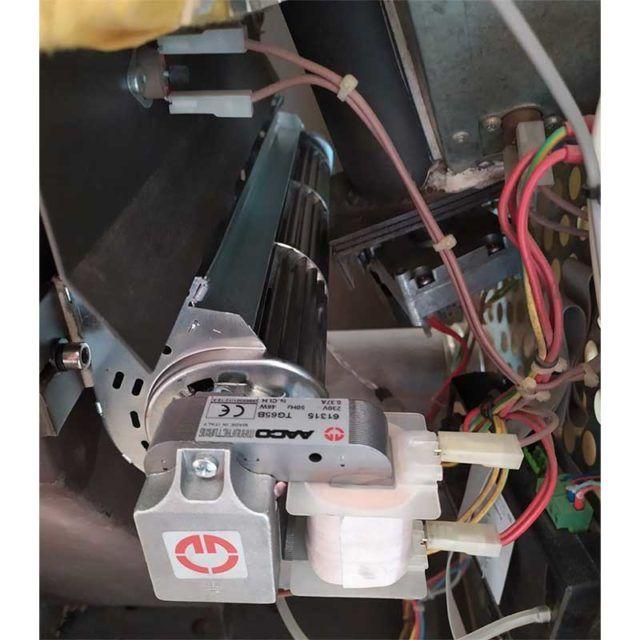 vista-interna-motor-tangencial-vigo-ecoforest-ecobioebro