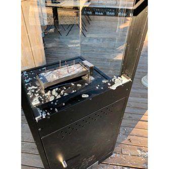 Vista-cristal-trasero-estufa-a-gas-oslo-4-caras-ecobioebro