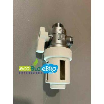 vista-ambiente-Filtro-desfangador-magnético-bajo-caldera-XS545900-(CALEFFI)-ecobioebro